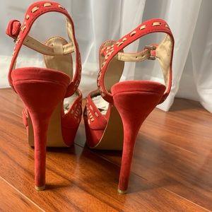 Shoes - Peach and white peek a boo heels